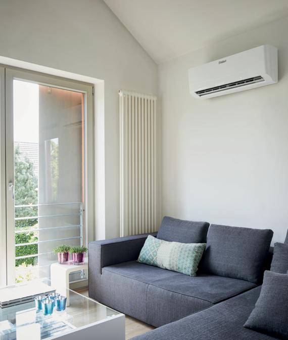 climaVAIR exclusive – VAI 5 wandhangende binneneenheid geïnstalleerd in slaapkamer