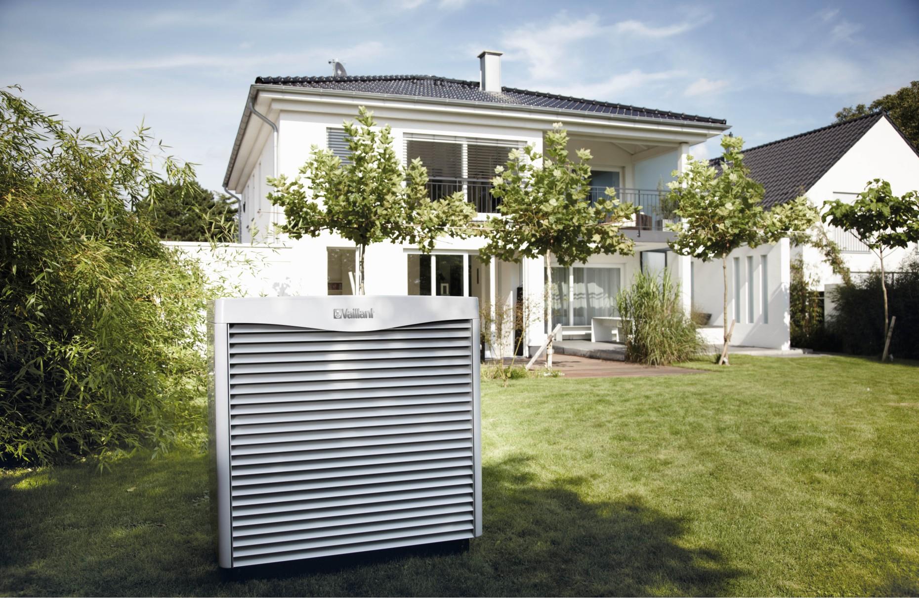 lucht water warmtepomp geotherm vwl s vaillant. Black Bedroom Furniture Sets. Home Design Ideas