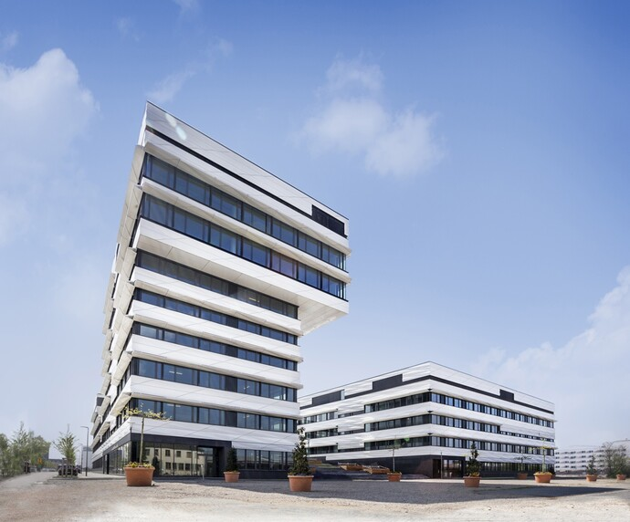 https://www.vaillant.be/pictures/magazine/bahnstadt-bouwplaats/magazin-report-bahnstadt-picture4-793773-format-flex-height@690@desktop.jpg