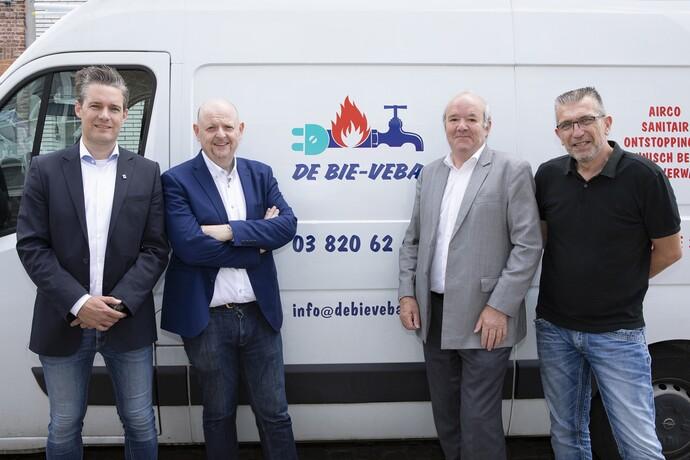 Kwaliteit en service: van ontwerpfase en installatie, tot de plaatsing en lang daarna. Wim Haest - Stefan Jans - Dominique Lenders - Frank Loisen
